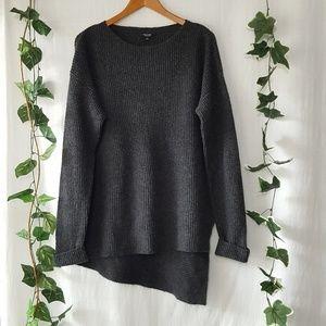 Simply Vera Wang asymmetrical hem sweater size L